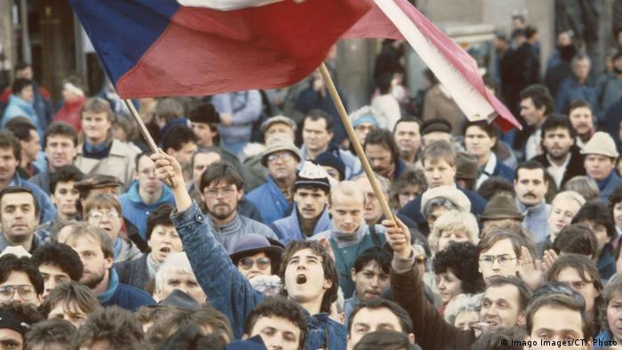 Акция протеста в Праге, ноябрь 1989 года