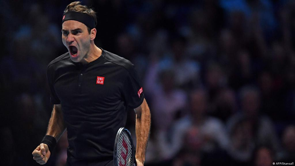 Roger Federer Turns On The Style To Down Djokovic And Reach Final Four In London Sports German Football And Major International Sports News Dw 14 11 2019
