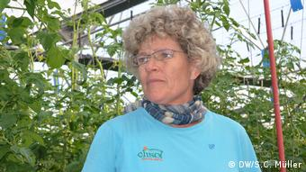 H Λόμα Γκόμεζ διεθύντρια της αγροτικής εταιρείας Clisol που διαθέτει θερμοκήπια κατηγορεί για υποκρισία το «οικολογικό λόμπι»