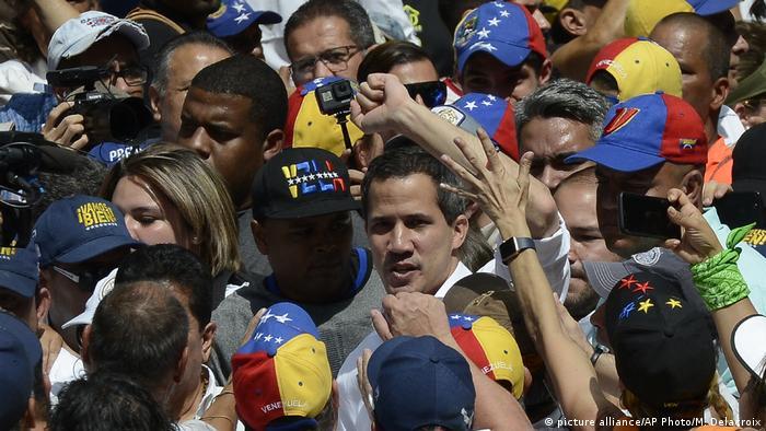 Venezuela l Proteste - Oppositionspolitiker Juan Guaido