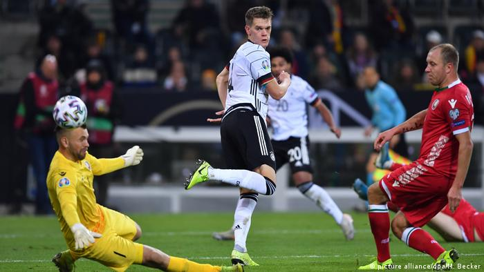 Matthias Ginter's backheel was named Goal of the Year (picture alliance/dpa/M. Becker)