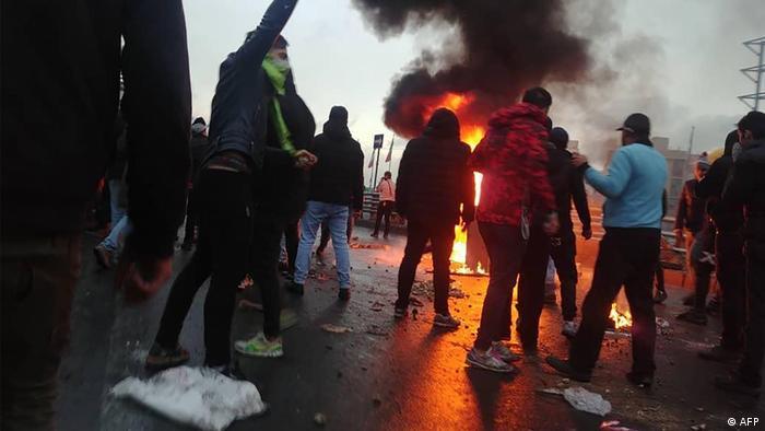 Iran Weiter Unruhen - Kaum noch Zugang zum Internet