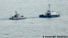 Russland Kertsch Ukrainische Schiffe werden von der Russischen Küstenwache gezogen