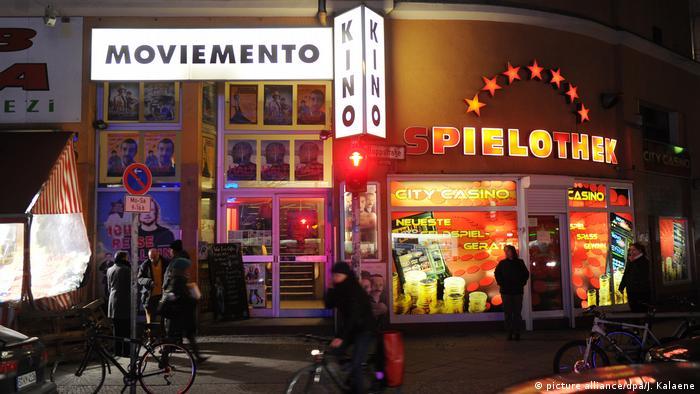 Fachada do cinema Moviemento, em Berlim