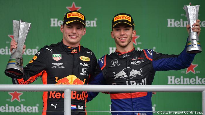 Formel 1 - Großer Preis von Brasilien   Sieger Max Verstappen und Zweitplatzierter Pierre Gasly