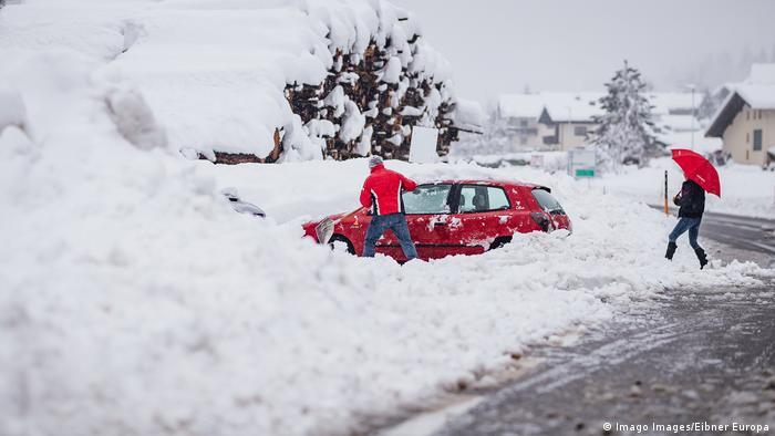 Winter breaks out in Austria