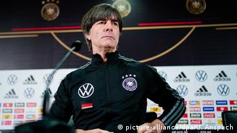 Deutschland - Pressekonferenz Joachim Löw vor dem Spiel Deutschland - Nordirland (picture-alliance/dpa/U. Anspach)