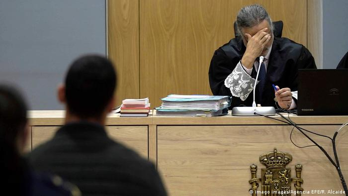 Spanien 15 Jahre Haft für fünf Männer nach Vergewaltigung in Pamplona (imago images/Agencia EFE/R. Alcaide)