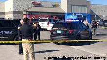 USA Schüsse auf Walmart-Parkplatz