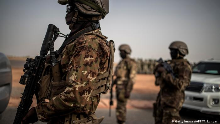 Malian soldiers (Getty Images/AFP/M. Longari)