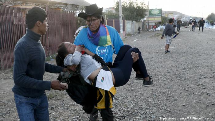 Bolivien Cochabamba Proteste Gewalt Morales Anhänger (picture-alliance/AP Photo/J. Karita)