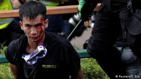 Χονγκ Κονγκ: Δεν παραδίδονται οι φοιτητές στο Πολυτεχνείο