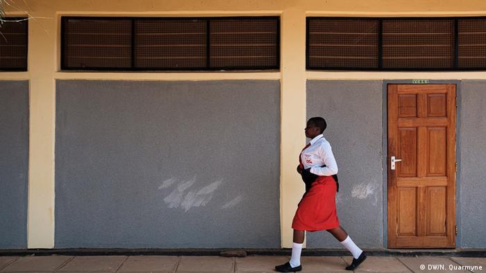 Une élève en Tanzanie
