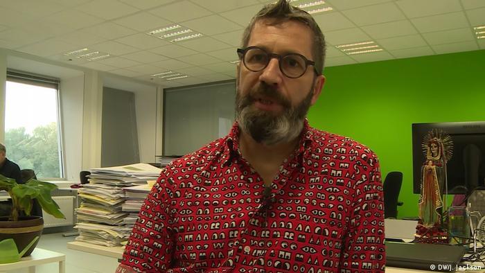 El profesor Pirnay investiga sobre la efectividad de los bacteriófagos en Bruselas.