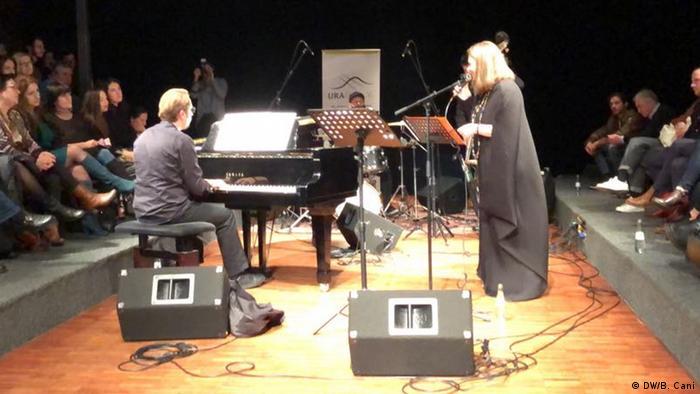 Band Rona Nishliu Quartett. (DW/B. Cani)