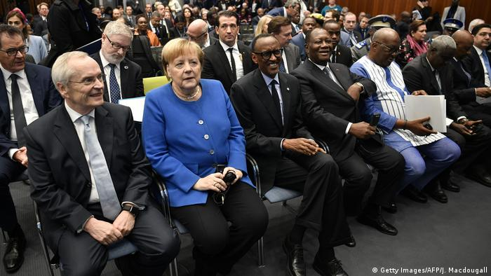 Chancellor Merkel with African leaders at the Compact with Africa summit