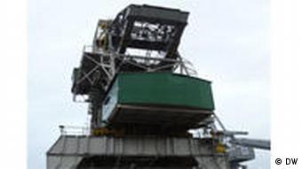 Ein Montage-Kran in der Werft des Schiffbauunternehmens 3. Mai in Rijeka