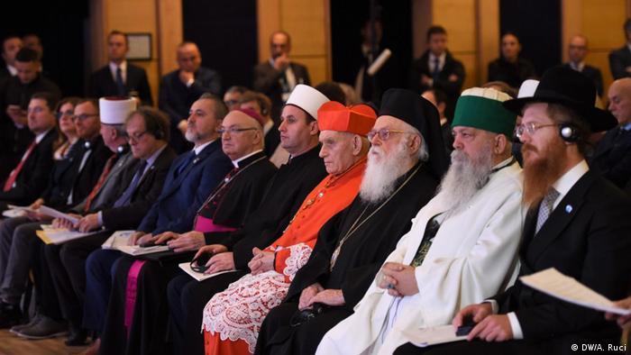 Religion ein Intrument für Frieden? International Konferenz Tirana Albanien (DW/A. Ruci)