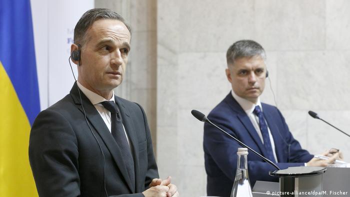 Глава МИД ФРГ Хайко Мас и его украинский коллега Вадим Пристайко