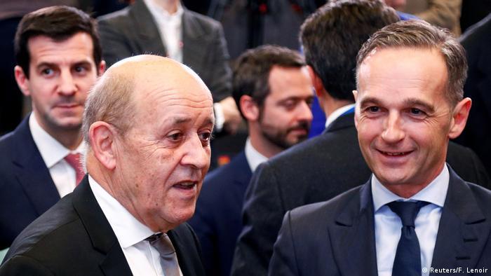 Brüssel NATO-Ministerrat Le Drian und Maas