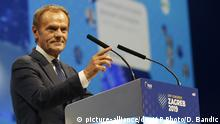 Kroatien | Donald Tusk zu Bewsuch in Zagreb (picture-alliance/dpa/AP Photo/D. Bandic)