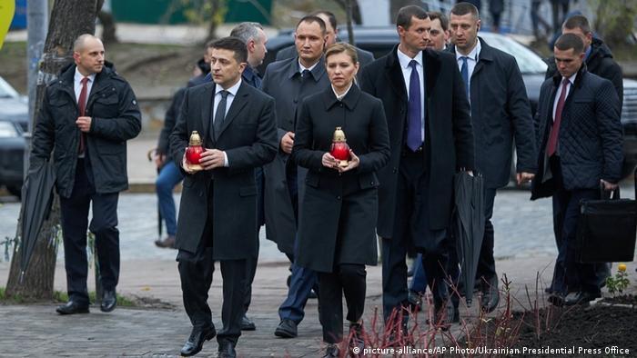 Володимир Зеленський з дружиною Оленою під час заходів до річниці Революції гідності