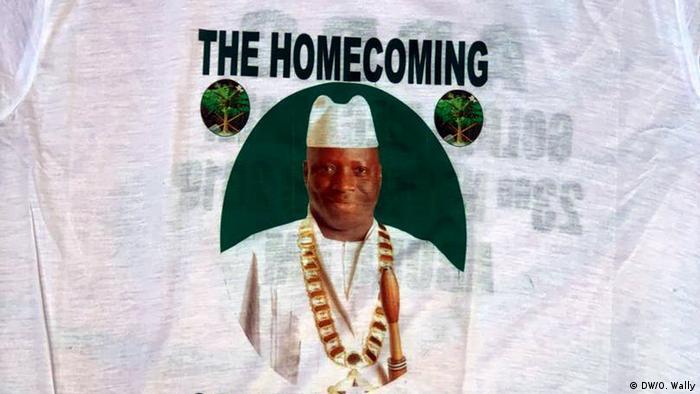 T-shirt de boas-vindas a Yahya Jammeh