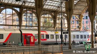 Поезд РЖД на вокзале в Ницце