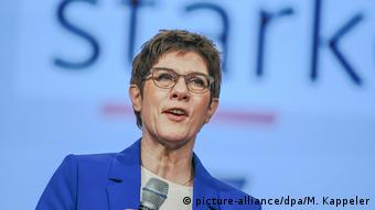 Annegret Kramp-Karrenbauer, dite AKK, était la candidate favorite d'Angela Merkel