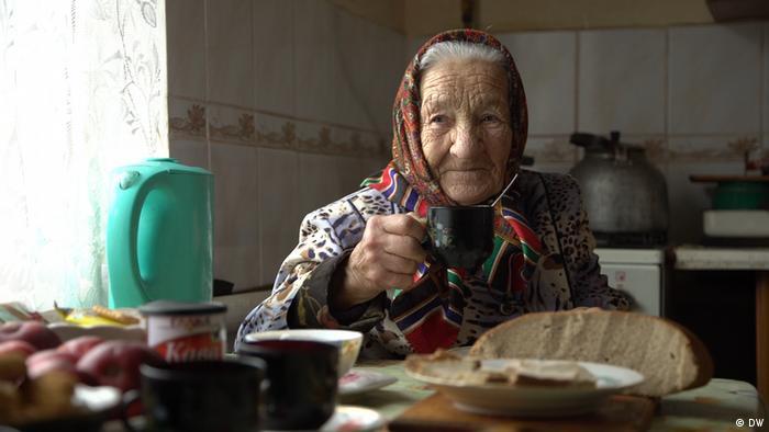 Тамара Бедренко: ...залишаю шматочок хліба, бо це наче моєму братику чи матері треба лишити той шматочок