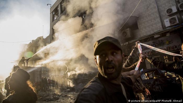 Symbolbild | Syrien | Konflikt (picture-alliance/dpa/AP Photo/B. Ahmad)