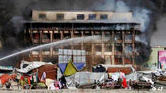 Shopping Center Afghanistan Taliban stecken Einkaufszentrum in Brand in Kabul
