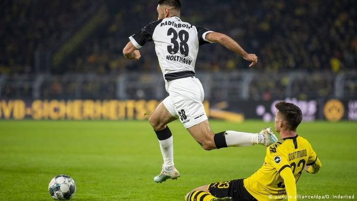 Ein Remis In Dortmund Das Ratsel Aufgibt Sport Dw