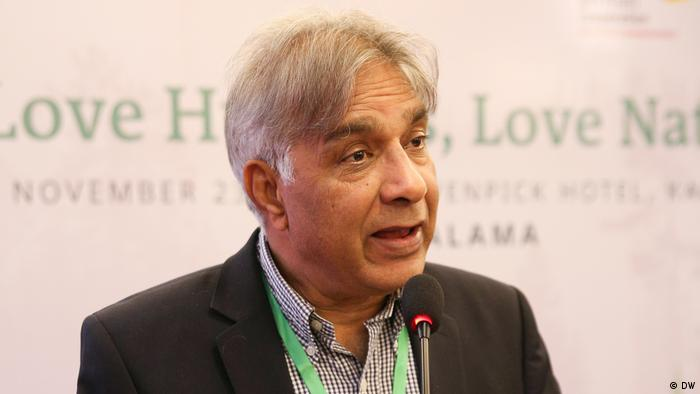 Love Humans - Love Nature Eco-Islam for peace Conference in Karachi Pakistan Peter Jacob (DW)