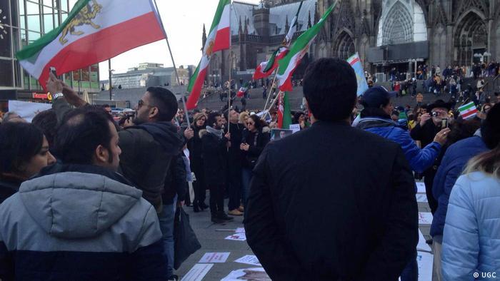 Köln Iraner demonstrieren für Menschenrechte im Iran