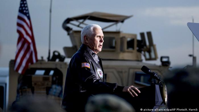 Pence speaking in Iraq (picture-alliance/dpa/AP Photo/A. Harnik)