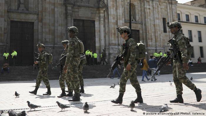 Kolumbien   Protest in Bogota