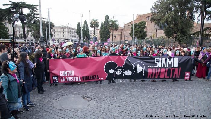 Italien: Gegen Gewalt an Frauen in Rom