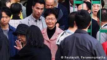 Hongkong Lokalwahlen Regierungschefin Carrie Lam (Reuters/A. Perawongmetha)