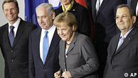 از سمت چپ: کیدو وستر وله وزیر خارجه آلمان، بنیامین نتانیاهو نخست وزیر اسرائیل، آنگلا مرکل صدراعظم آلمان و اهود باراک وزیر دفاع اسرائیل