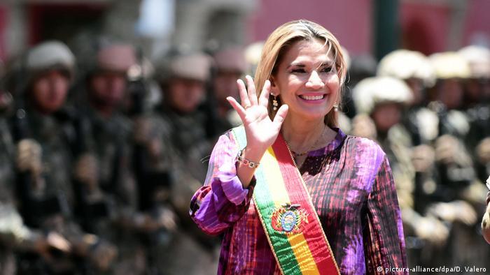 Bolivien Interimspräsidentin Jeanine Anez