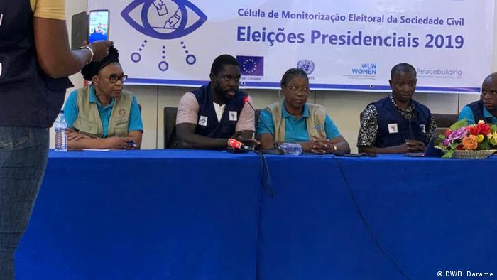 Guinea-Bissau Wahlbeobachter (DW/B. Darame)