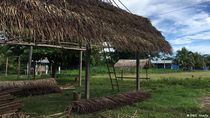 Chozas de los shipibo en la comunidad indígena de Santa Clara de Uchunya.