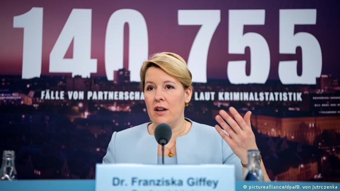 Franziska Giffey (picturealliance/dpa/B. von Jutrczenka)