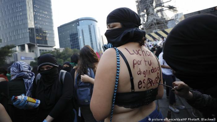 Mexiko | Demonstration gegen Gewalt an Frauen