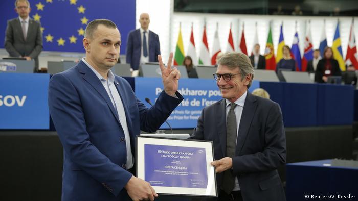 Олег Сенцов та голова Європарламенту Давід Сассолі
