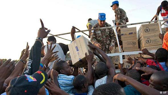 UN soldiers deliver aid to needy Haitians