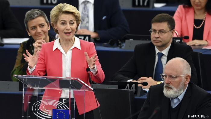 Sitzung Europäisches Parlament - Wahl EU-Kommission Ursula von der Leyen