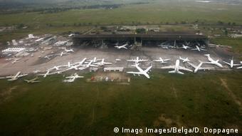 Le projet devrait contribuer notamment à construire ou rénover des infrastructures routières, ferroviaires et aéroportuaires comme l'aéroport de Kinshasa (photo)