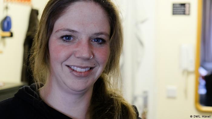 Julia von Lindern, social worker with fiftyfifty in Düsseldorf.